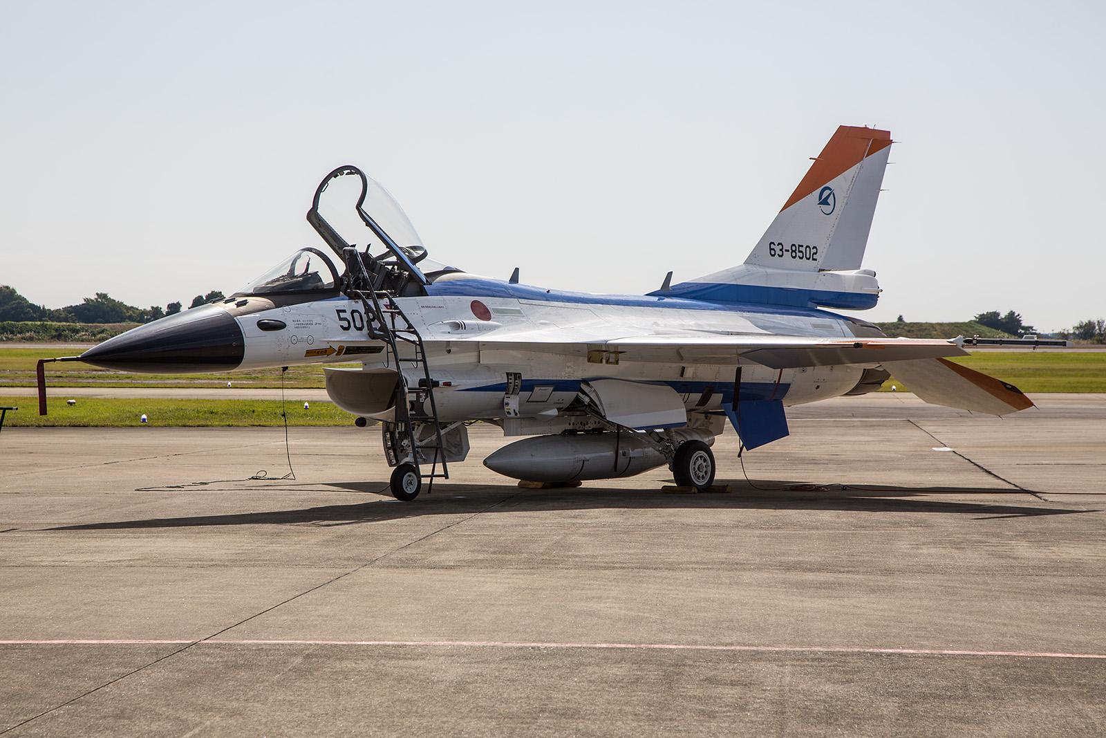Der zweite Prototyp der F-2 war die 63-8502. Sie war auch der erste gebaute Einsitzer.