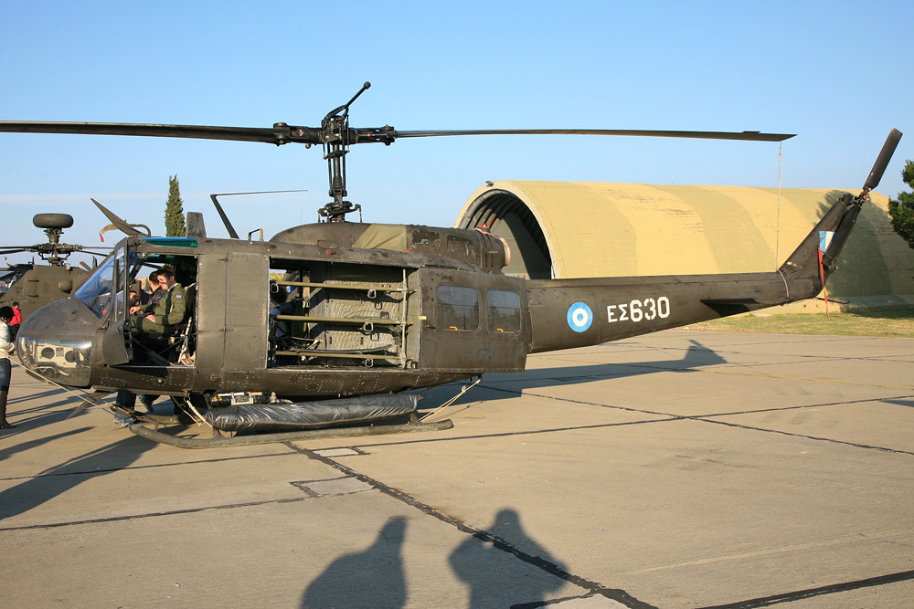 UH-1 der Armee.