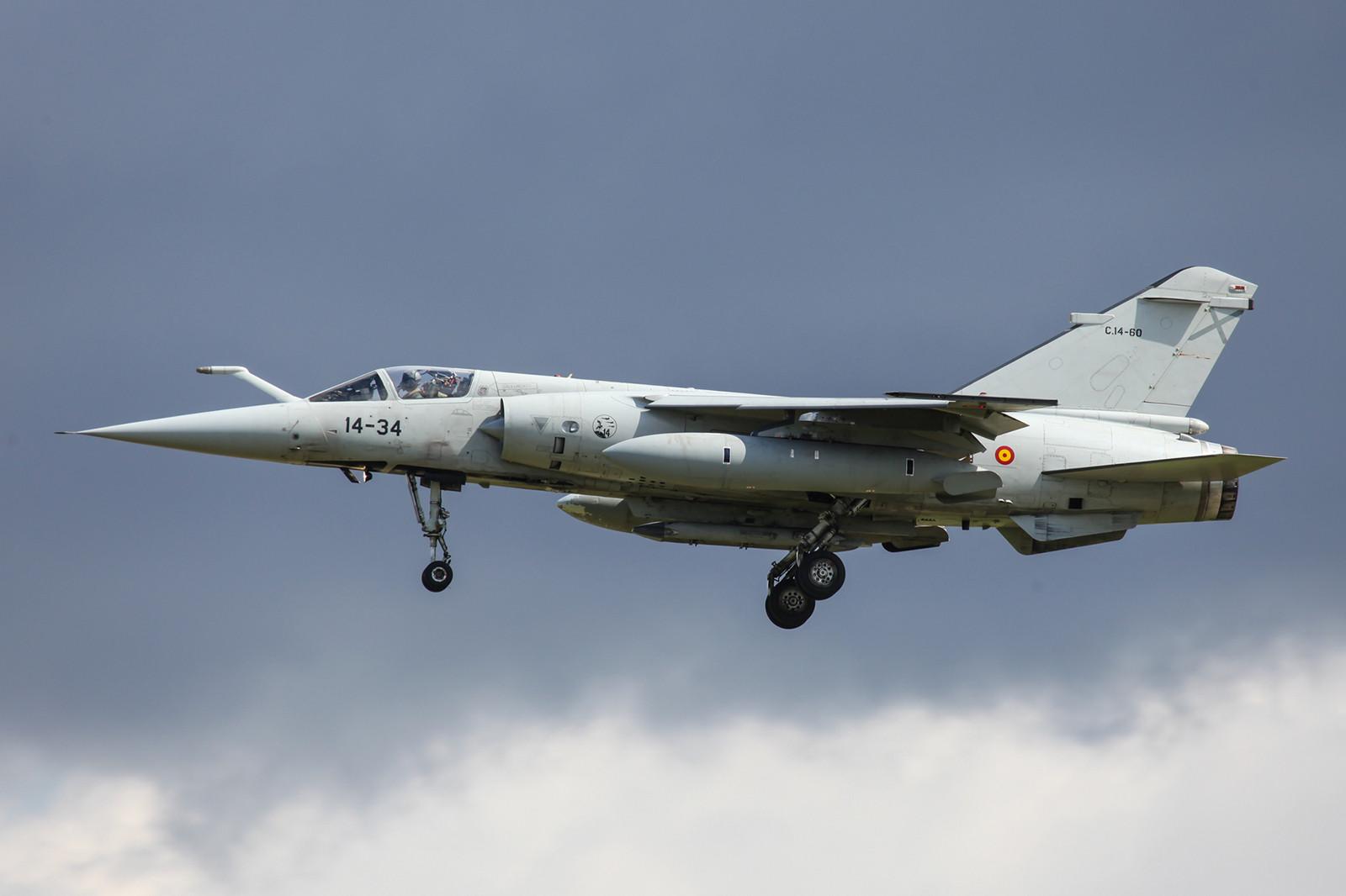 Ebenfalls eine ehemalige F-1EE ist die C.14-60, zu sehen bei der Landung in Albacete wärend des TLP.