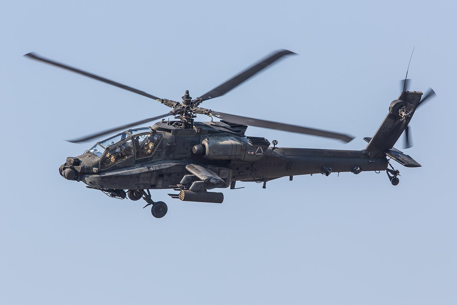 Insgesamt 5 Apache aus Illesheim nahmen an der Übung teil.