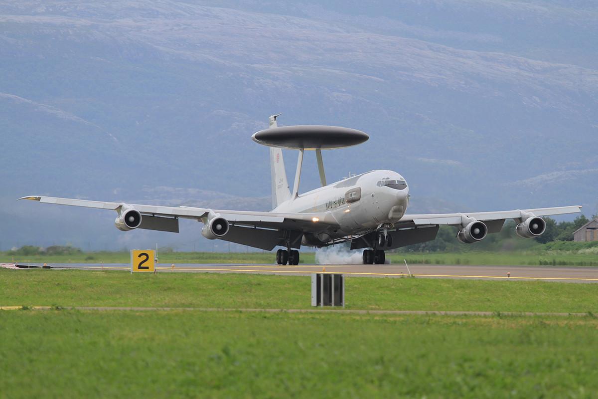 Eine von zwei E-3A aus Geilenkirchen die am NTM teilnahmen.