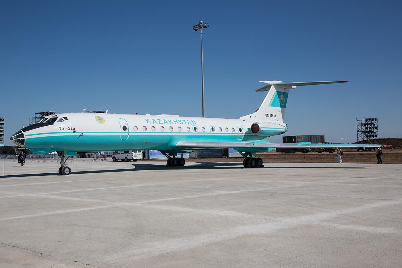 Tupolev Tu-134A der Regierungsfliegerstaffel, achön im Jahr 2016 noch eine aktive Maschine dieses Typs zu sehen.
