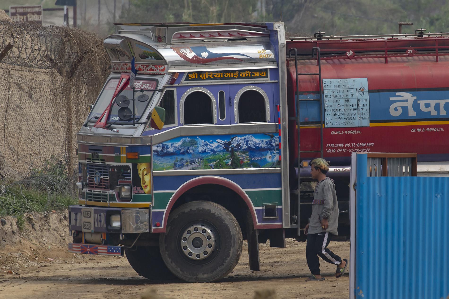 Auch einige LKW-Fahrer sindFlugzeugfans.