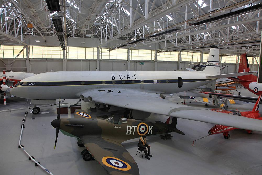 Der Nachbau einer Supermarine Spitfire.