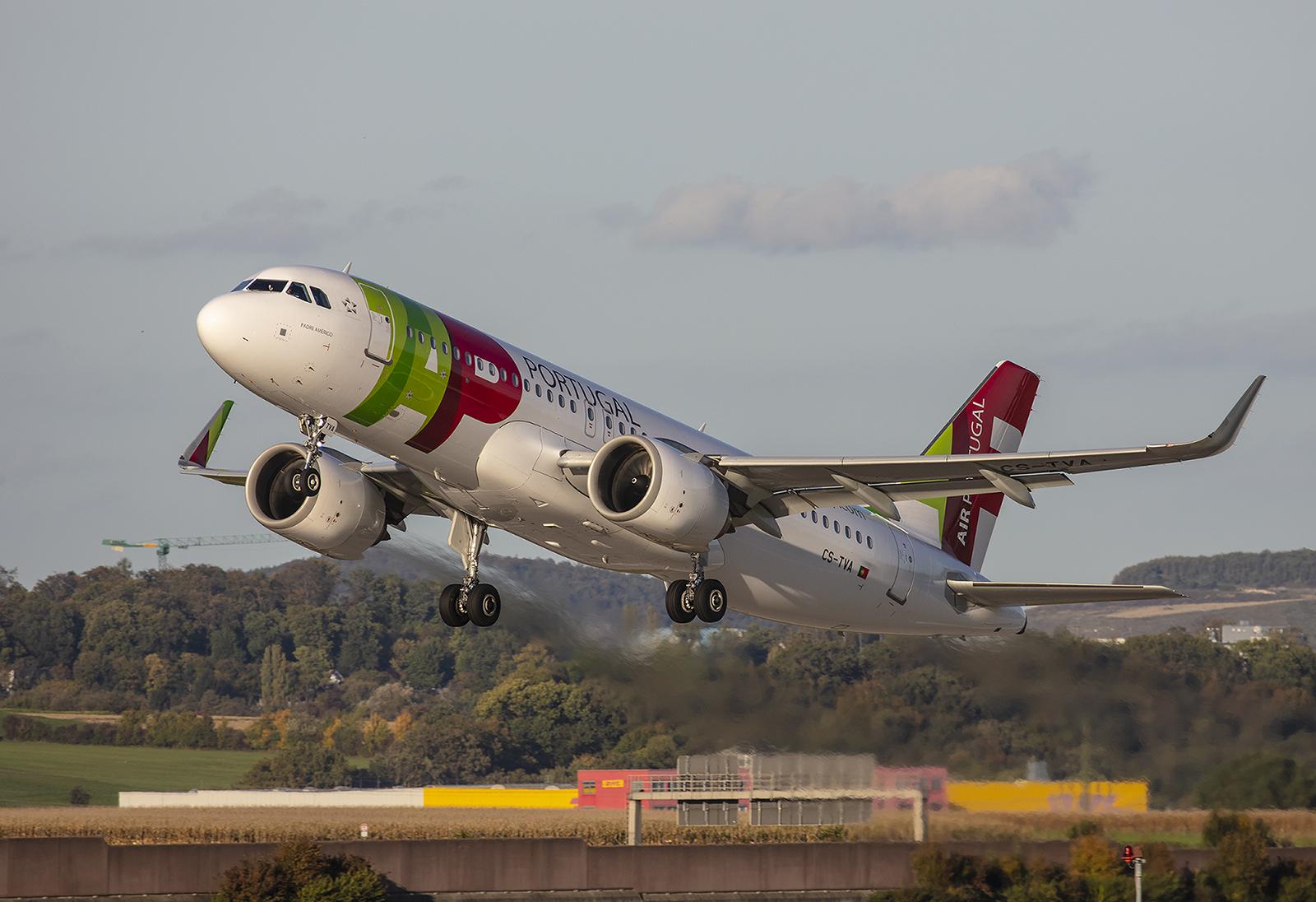 Brandneu ist die CS-TVA, ein Airbus A320-251Neo der TAP - Air Poprtugal