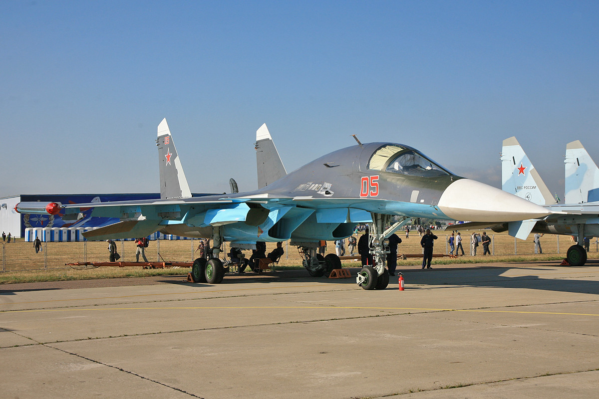 Eine Augenweide sind die Bomber vom Typ SU-34.