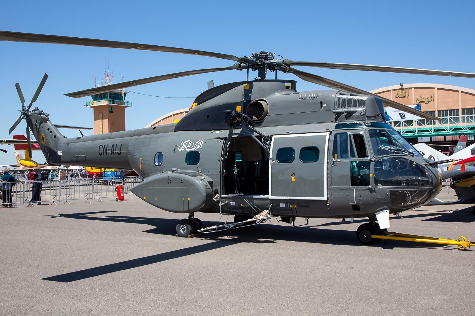 Eine SA-330C der Gendarmerie Royale mit Sandfiltern vor den Triebwerkseinläufen.