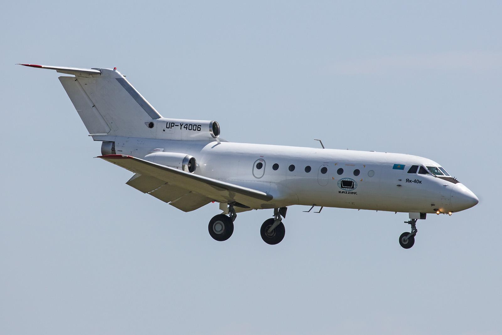 Noch sind einige Yak-40 im Land unterwegs.