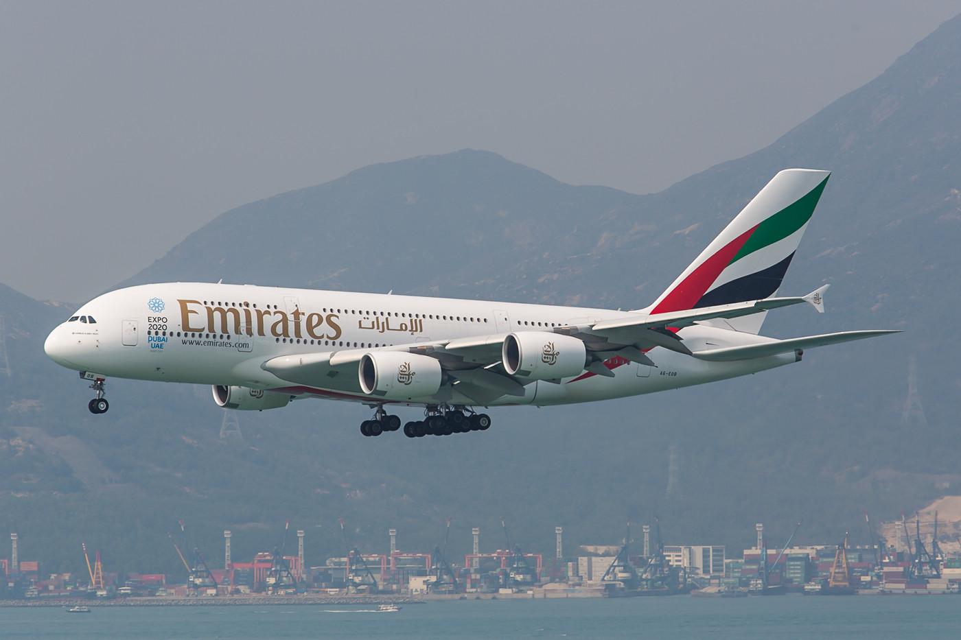 Da Emirates ja genügend A 380 besitzt kommt dieser auch nach HKG zum Einsatz.