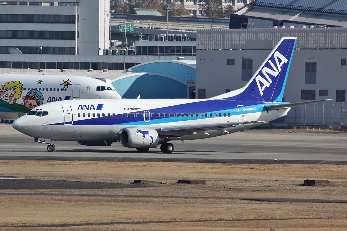 Auch bei den Boeing 737 brauch man auf der hinteren Bahn noch ordentlich Brennweite.