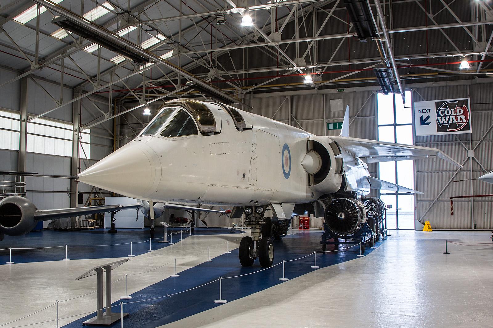 Von der BAC TSR-2 wurde nur drei Exemplare gebaut. Zwei sind noch erhalten, diese in Cosford und eine weitere in Duxford.