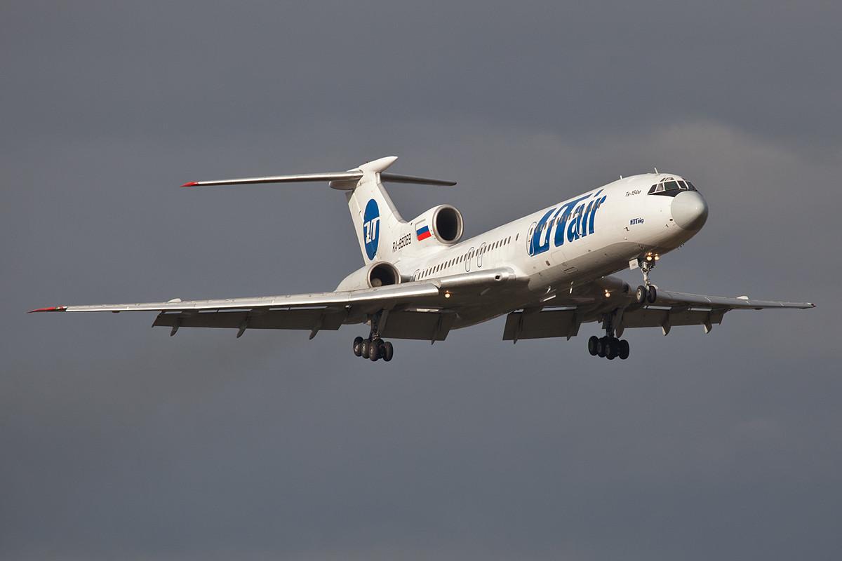 Neben den Tupolevs flogen damals schon etliche Muster.....