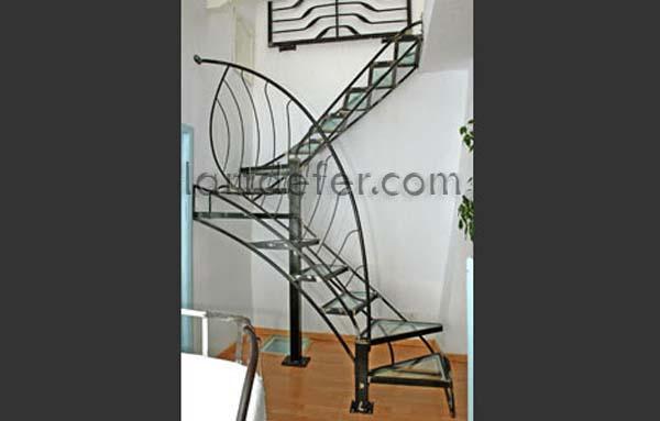 Escalier fer et verre, Boris Klein