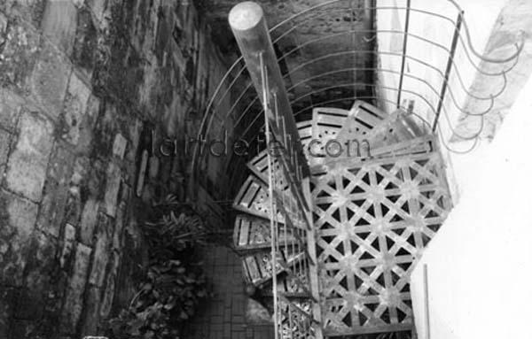 Escalier en colimaçon d'extérieur
