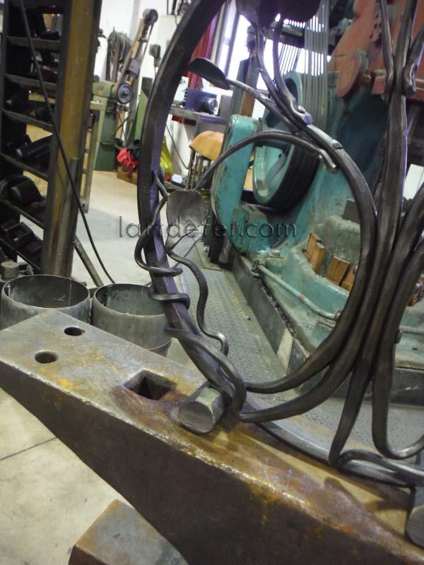 Arbre de vie conçu et réalisé par Boris Klein, l'atelier L'art de fer , Lézignan Corbières