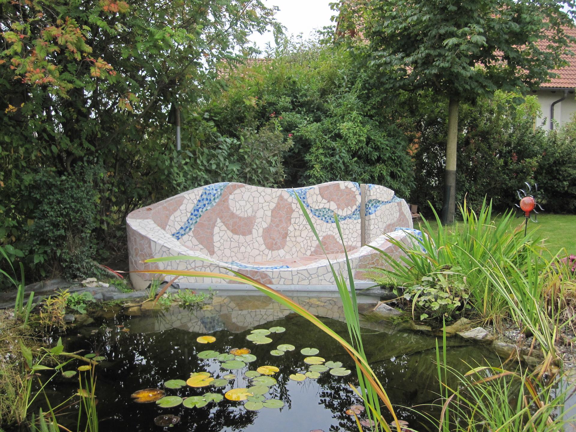 Gartenteichanlage mit Naturstein - Natursteinmosaik Verlegung