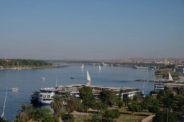 Felucca's auf dem Nil in Assuan