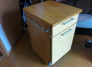 ゴム集成材の自作キッチンボード