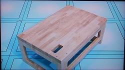 自分でオーダーした通りのナラ積層材の机が完成!