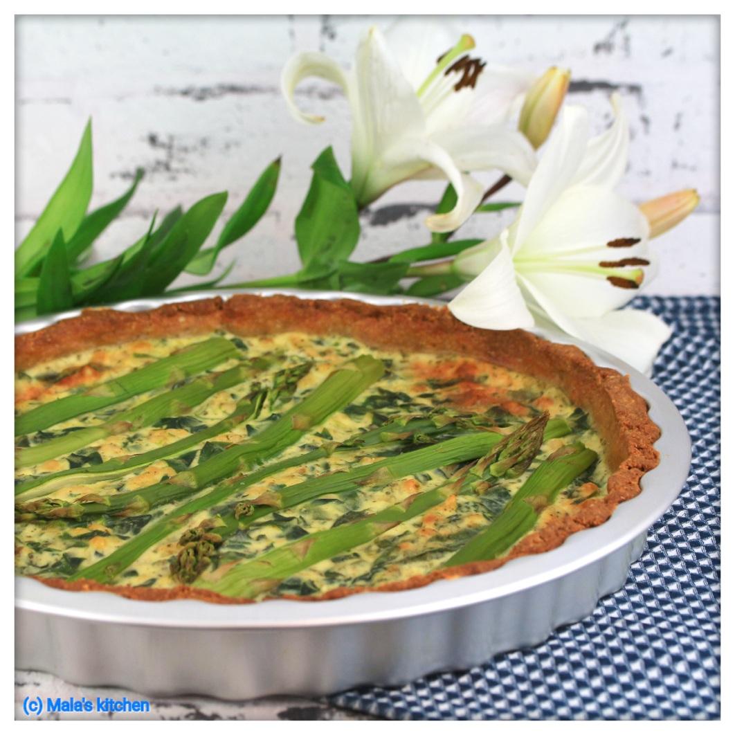 Spinat-Ricotta-Quiche mit Spargel