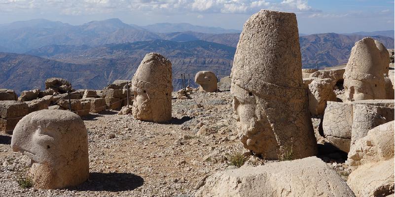 """""""The Heavenly Heads"""" (Mt Nemrut - TURKEY)"""