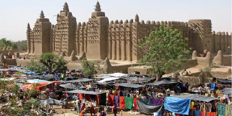"""""""The mudbrick mosque"""" (Djenne - MALI)"""