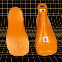 Horma rectaforma Helicoidad, pie plano grado ll, torsión tibial interna con valgo de retropie