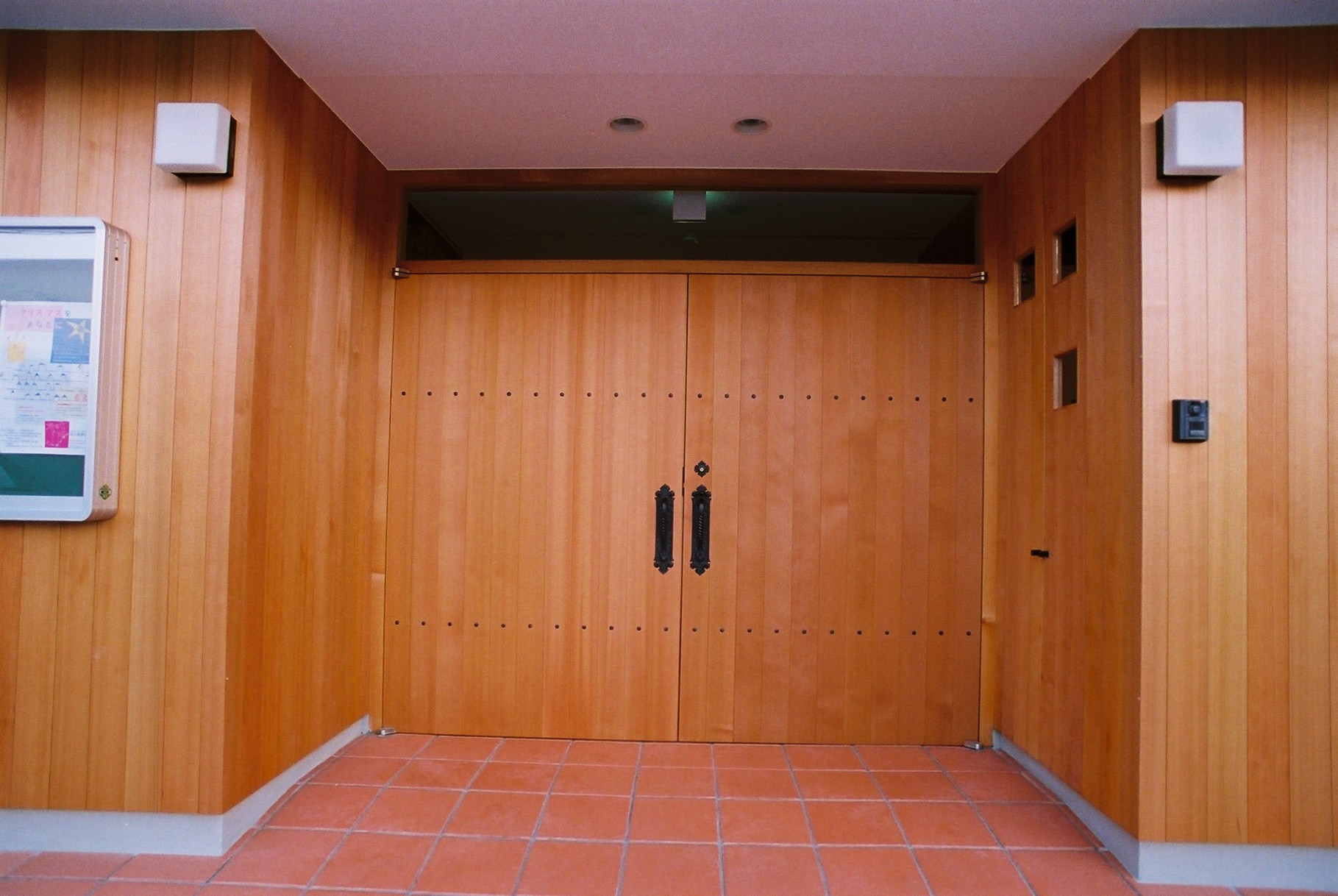 教会の扉です。