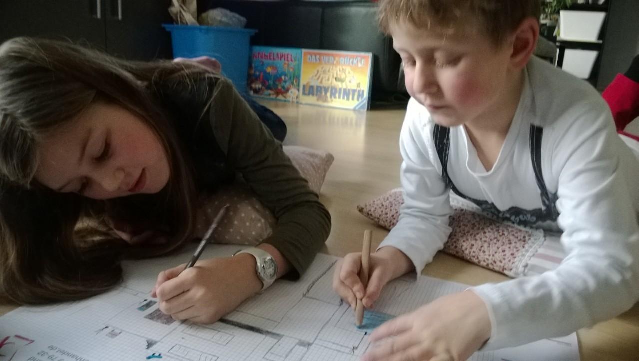 Lana und Cassian malen zusammen ♥