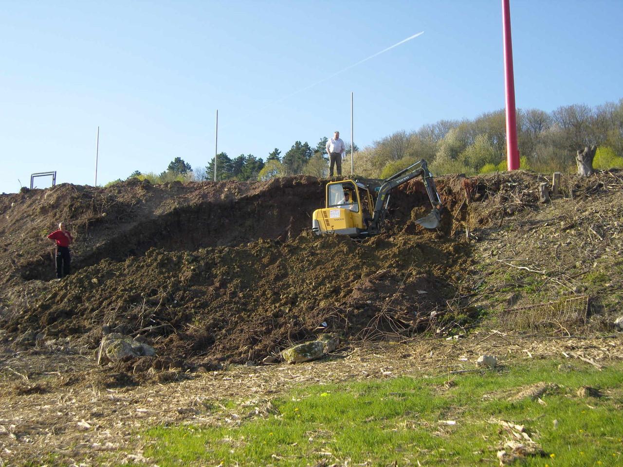 Arbeitseinsatz - 24.04.2010 - Ölsuche am Fischerberg!
