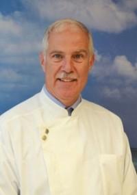 Dr. Axel Kohler