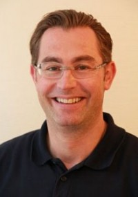 Dr. Martin Bok