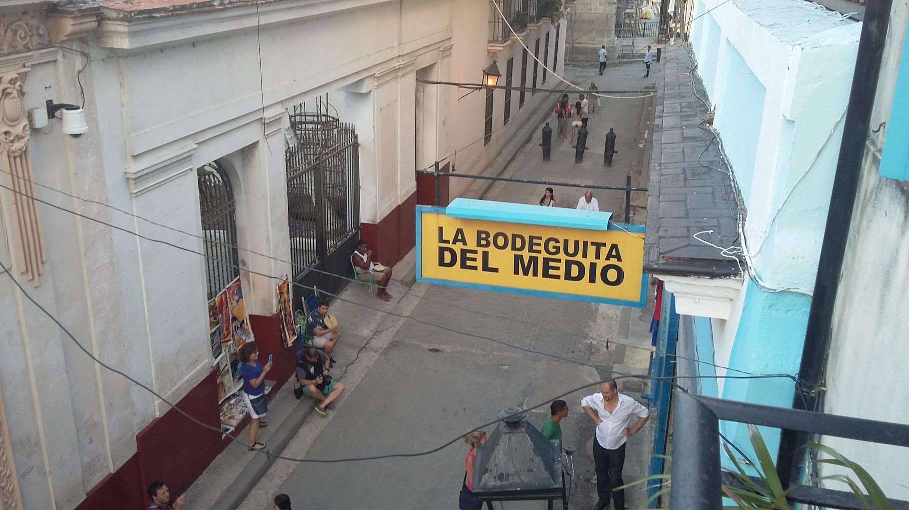 Este restaurante desde 1942 se preparan los mejores mojitos del mundo, el trago cubano.