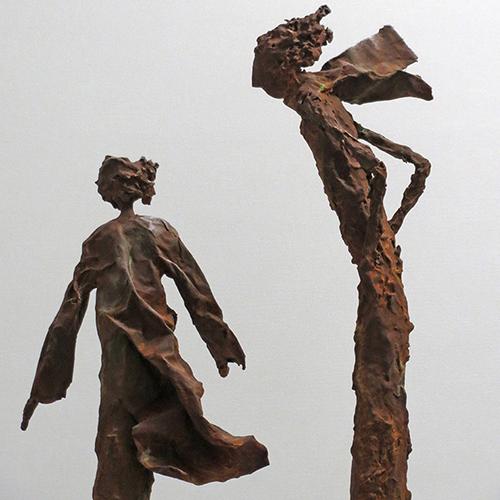 Skulptur mit rostiger Eisenpatina von Claudia König