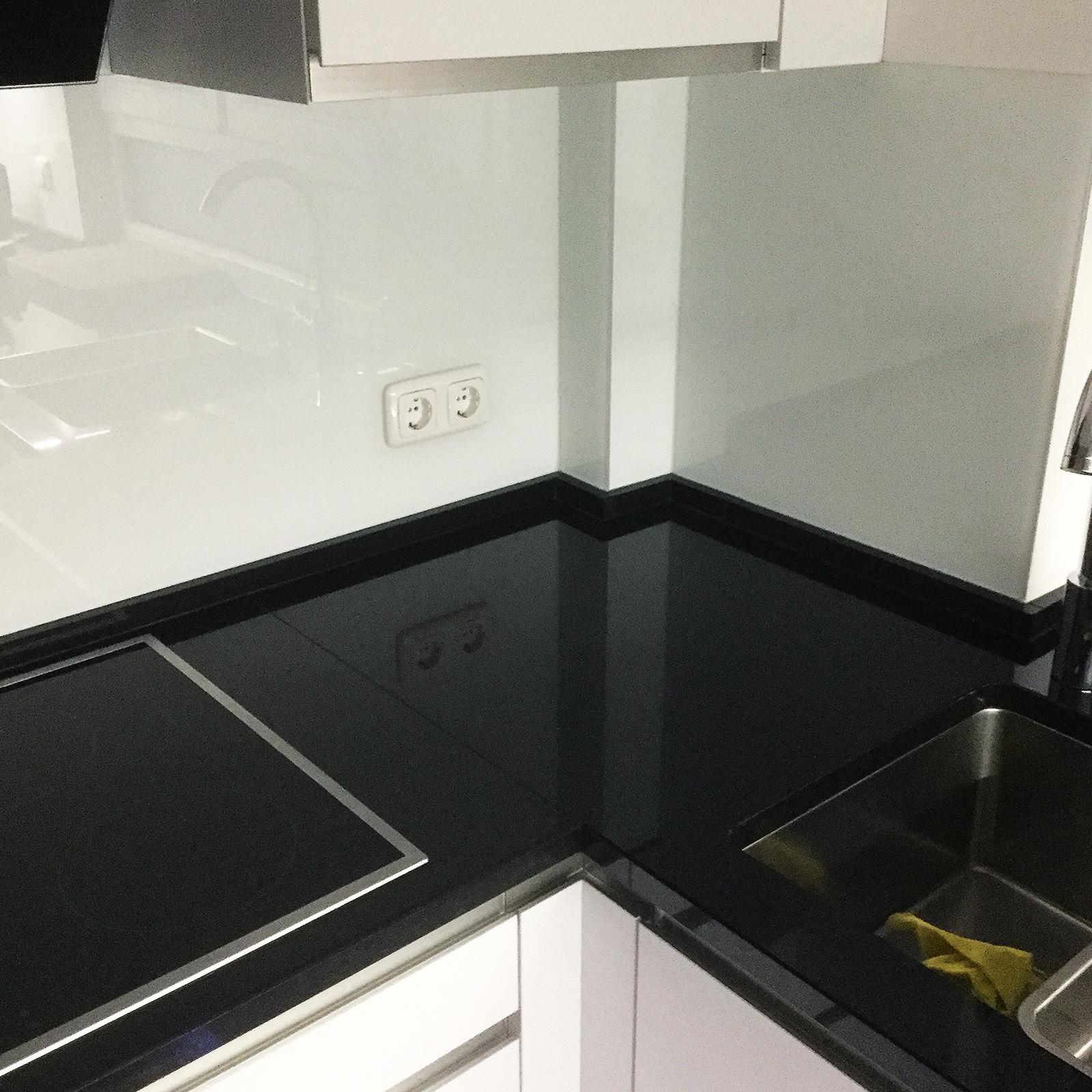 Küchenrückwand Weiß unsere produkte alles rund ums glas spiegel duschen fenster