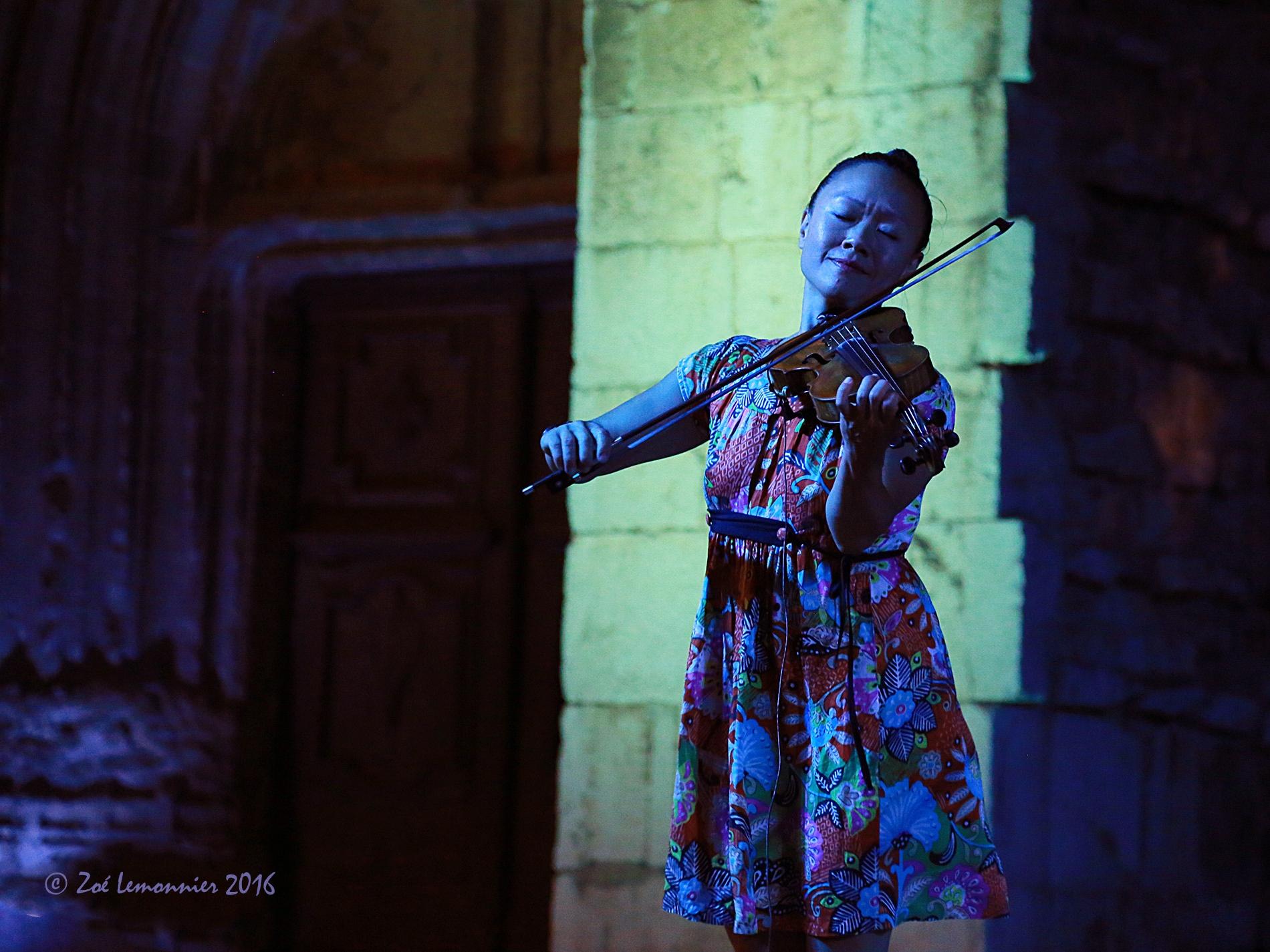 Cô et son violon, groupe Muskar XIII à St Maximin