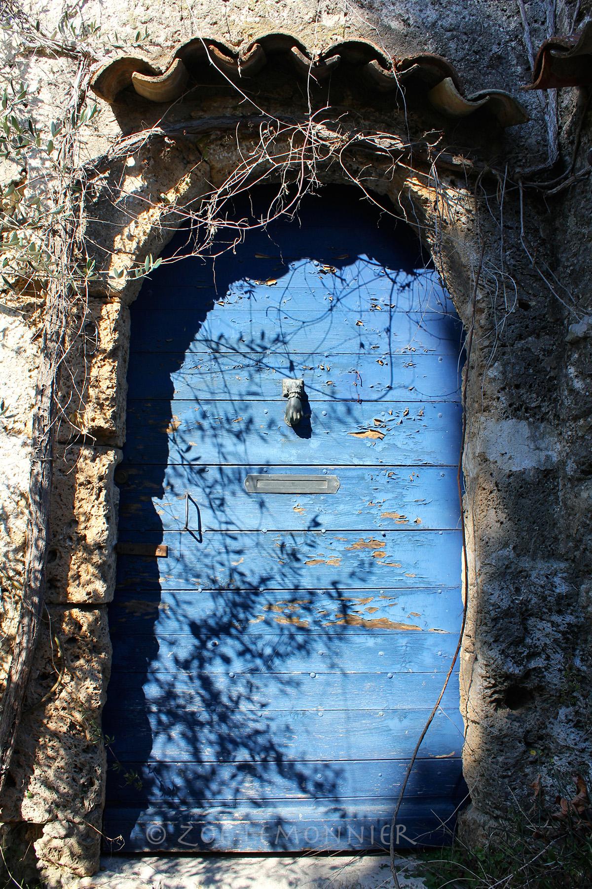 Porte sous le Rocher