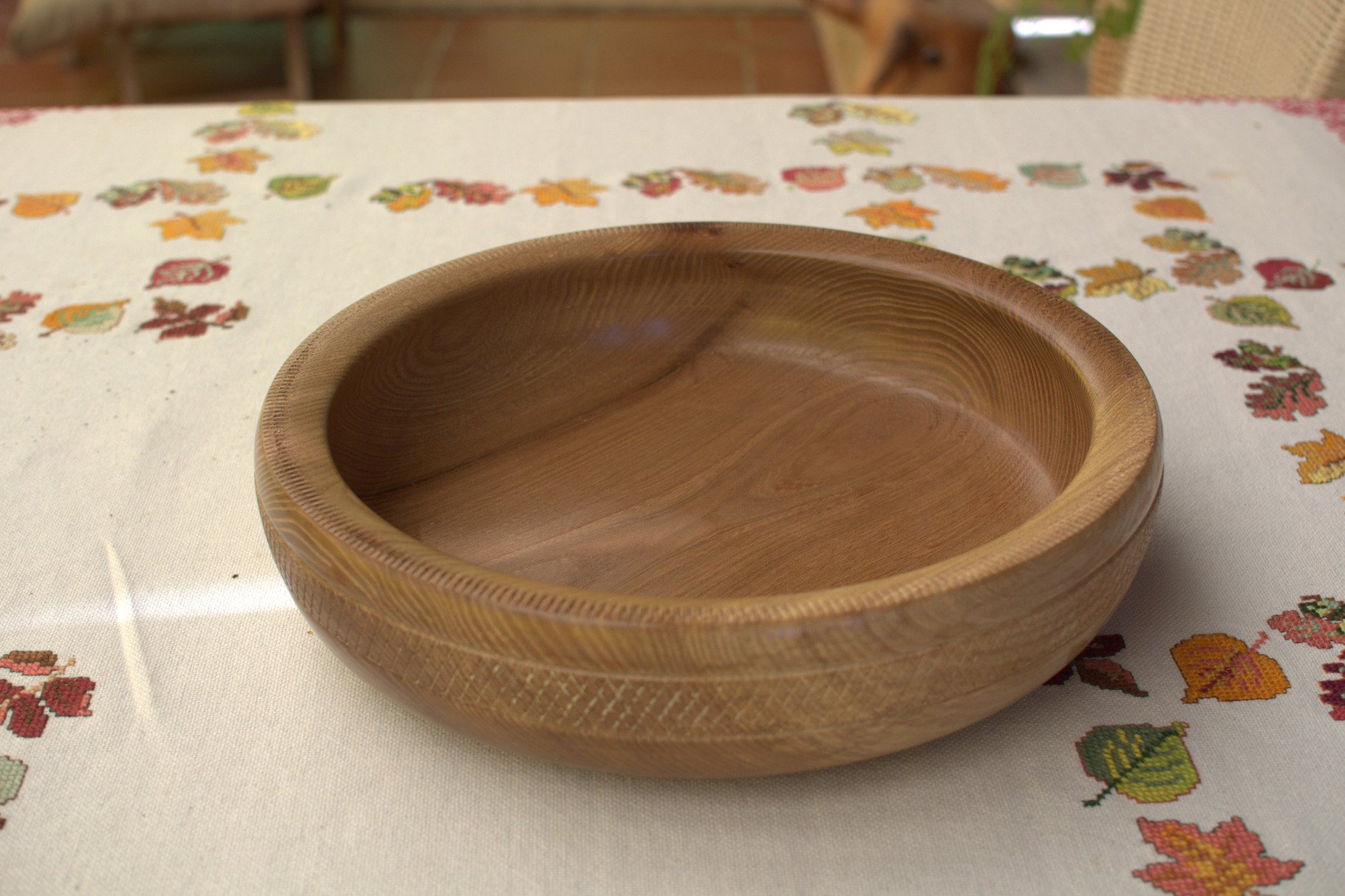 Schale aus Rüsterholz Durchmesser 25cm