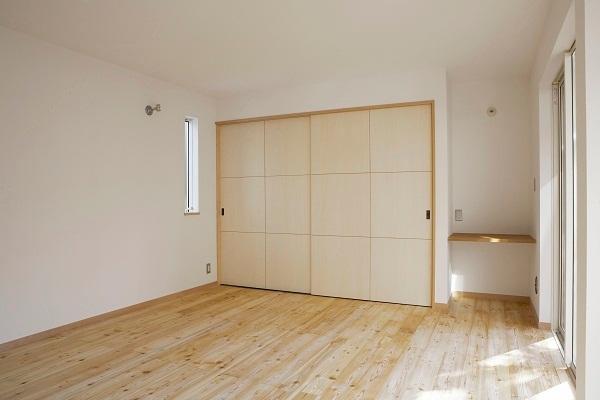 鵠沼のガレージハウス 寝室