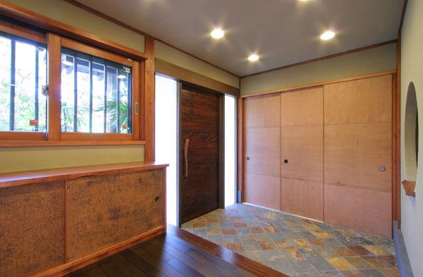 鎌倉の和モダン邸宅 玄関