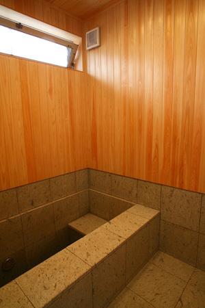 開放的な平屋住宅 浴室