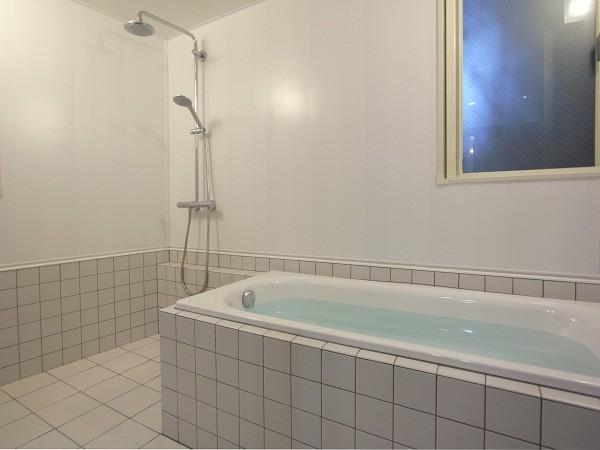 狭小地のスキップフロア 浴室
