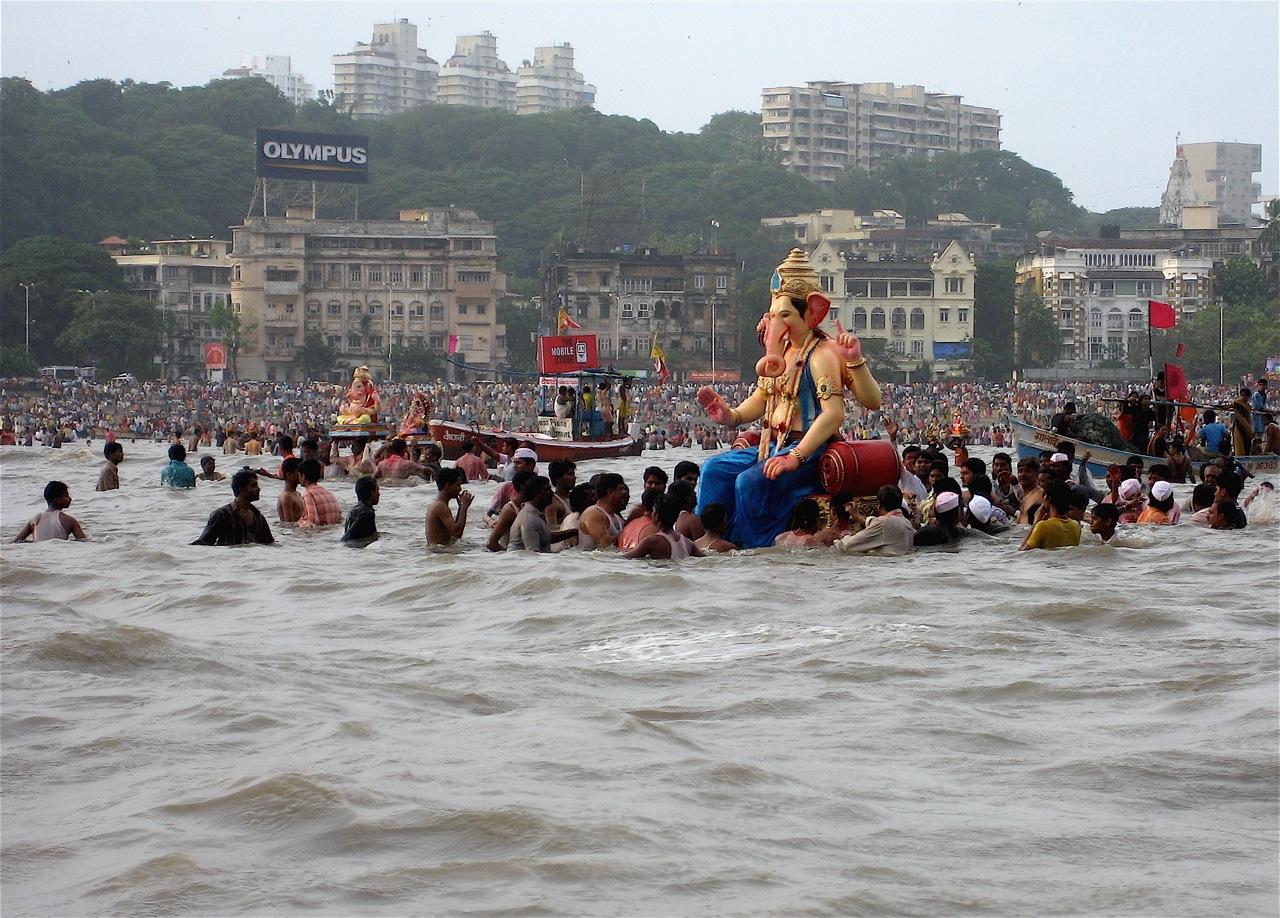 Ganesh Visarjan in Mumbai*