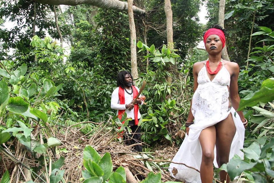 Dialogue withe the Spirits of the forest/Performance Christian Etongo and Gabriella Badjeck Akak 1/ Cameroon 2017