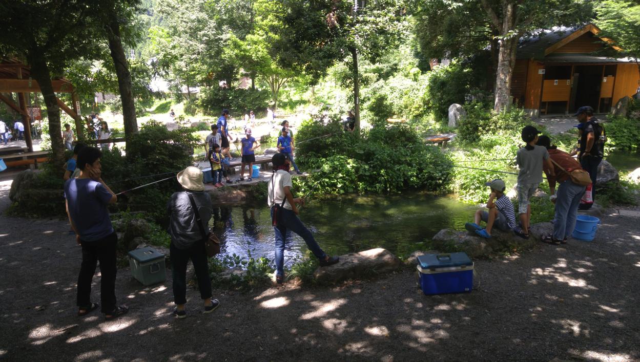 釣りリベンジ 渓流釣り in滋賀県 釣り堀のおかげで大漁!