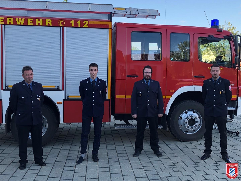 Der neue Vorstand bestehend aus (v.l.n.r) Robert Hartmann, Michael Drexler, Anton Herele jun. und Florian Peschke