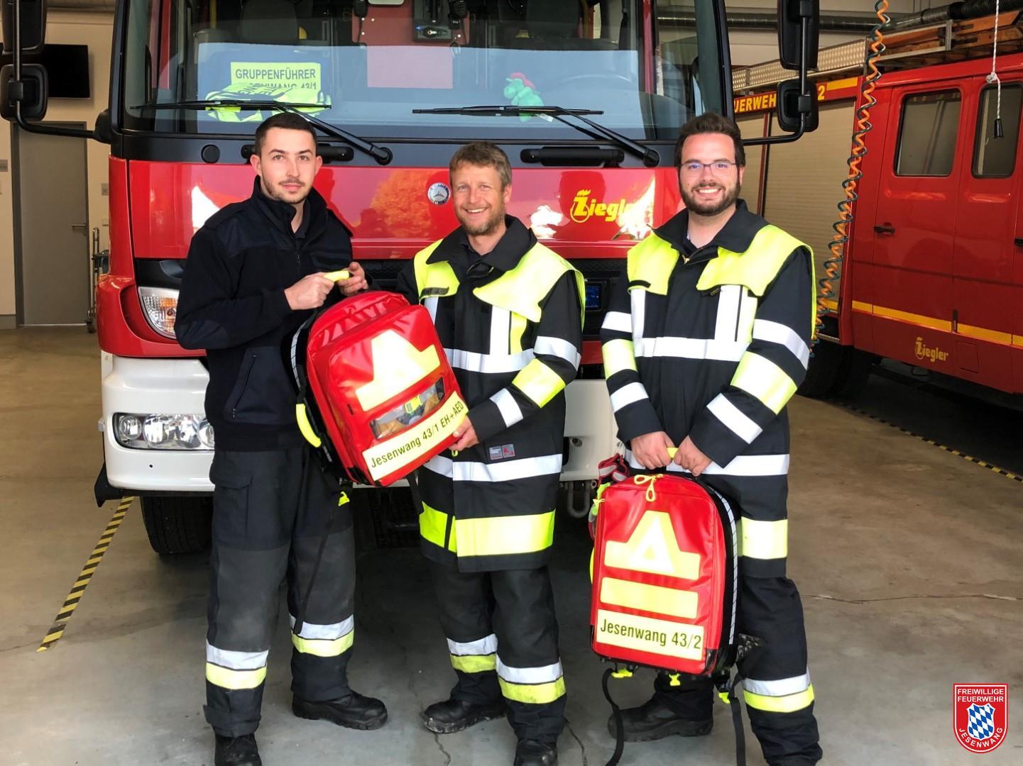 v.l.n.r: Florian Peschke (Knorr-Bremse Projektpate), Jürgen Vogt (Kommandant) und Anton Herele jun. (Stellvertretender Kommandant)