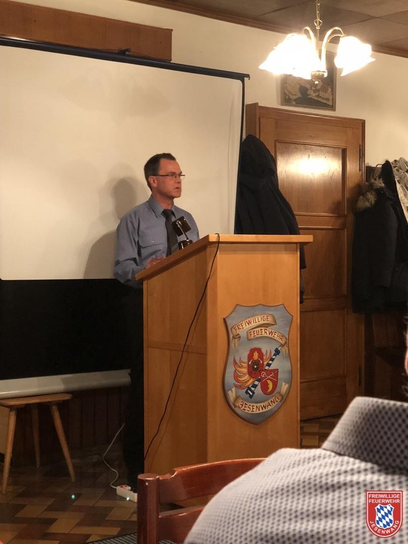 2. Kommandant Josef Hörhager berichtet über den Jugendausflug 2017