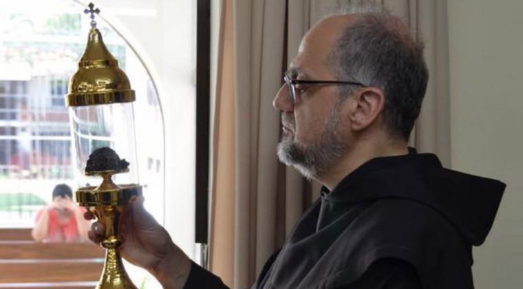 P. Saverio Cannistrà, Generale OCD guarda il cervello incorrotto di Chiquitunga