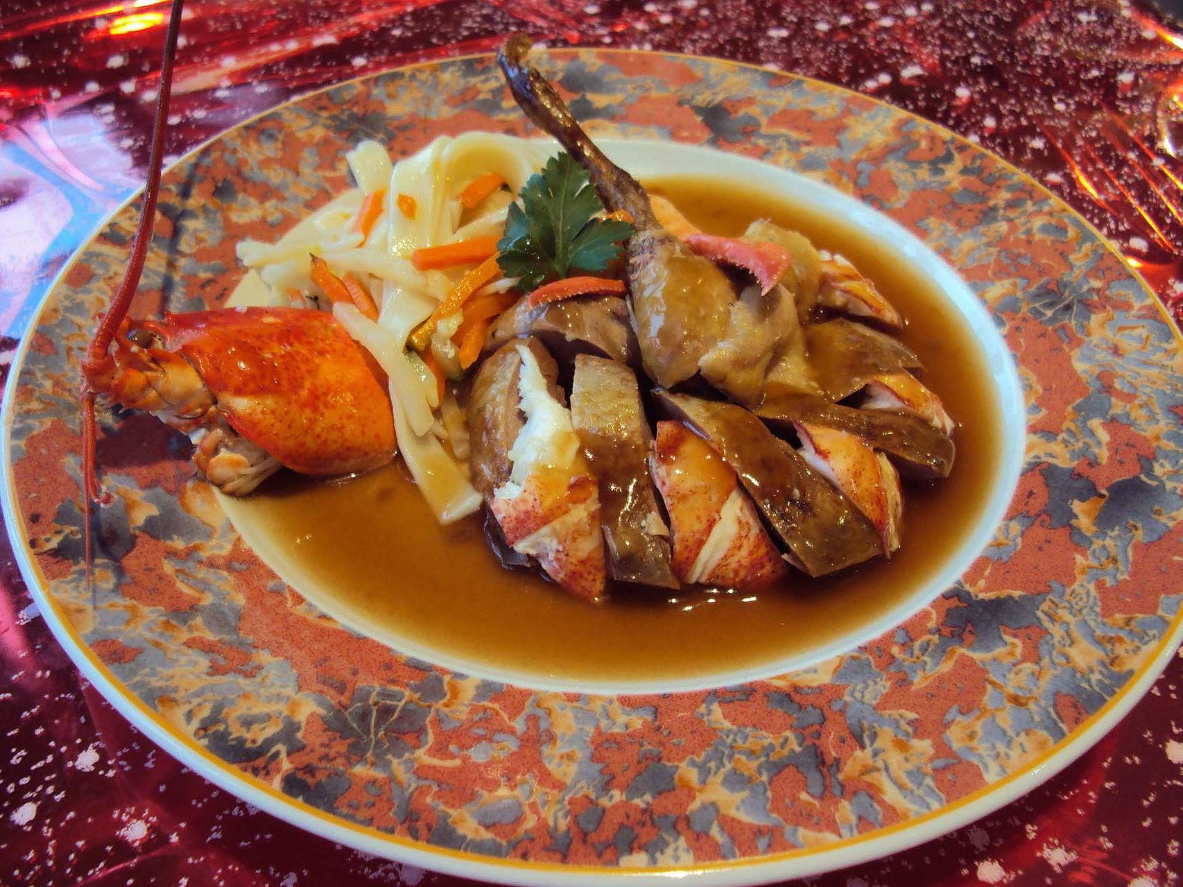 DANET TRAITEUR - Plat de Fête : pigeon au homard